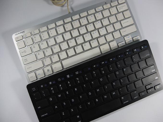 Minimalist Bluetooth Keyboard Review 04