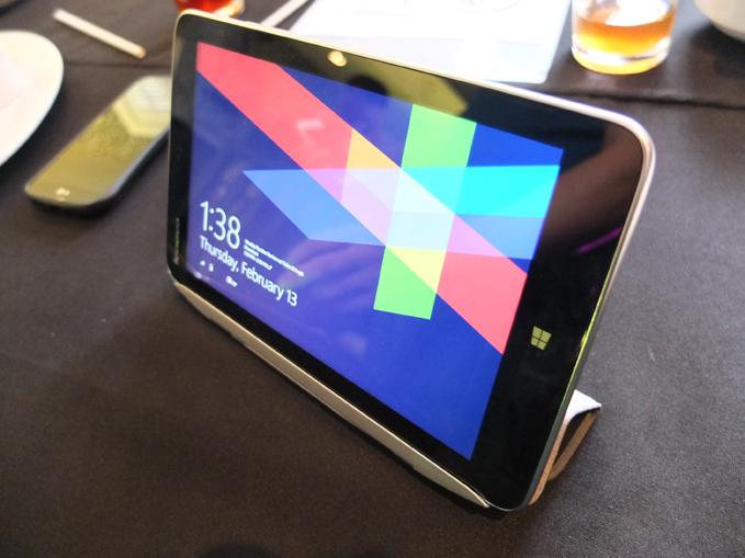 Lenovo Miix 2 8 launch, specs, price 08