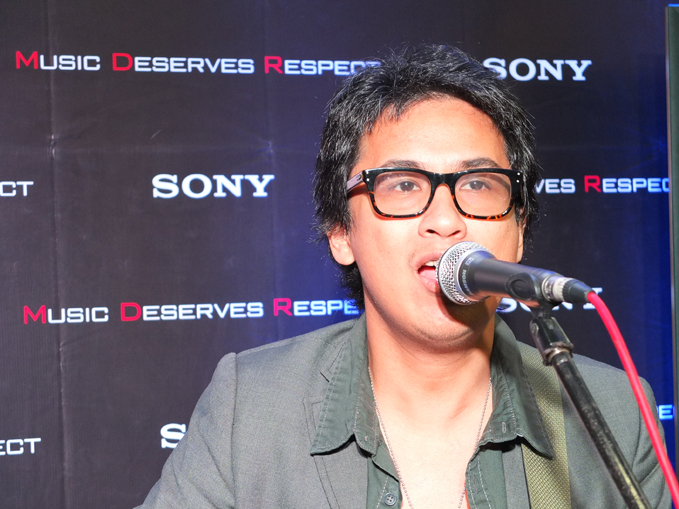 Ely Buendia Sony MDR