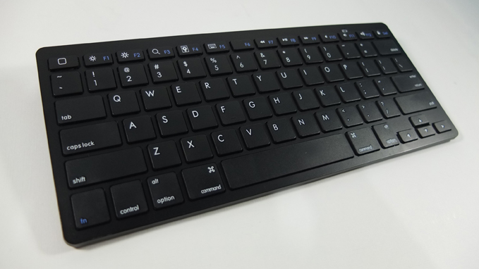 Minimalist Bluetooth Keyboard Review 00
