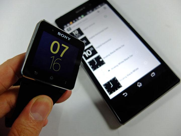 Xperia Z1 SmartWatch2