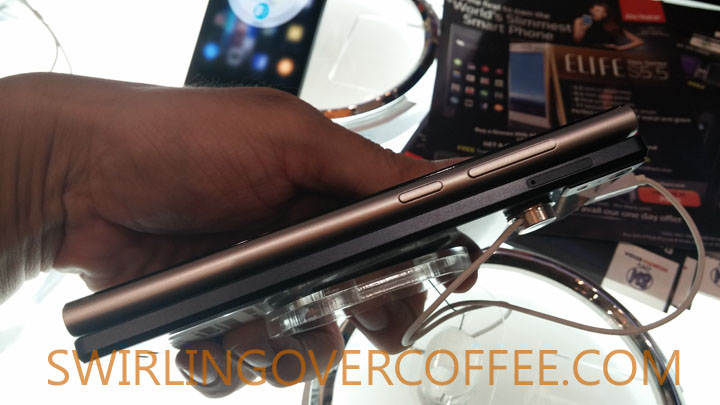 Gionee Elife S5.5 thinness comparison with Xiaomi Mi 3