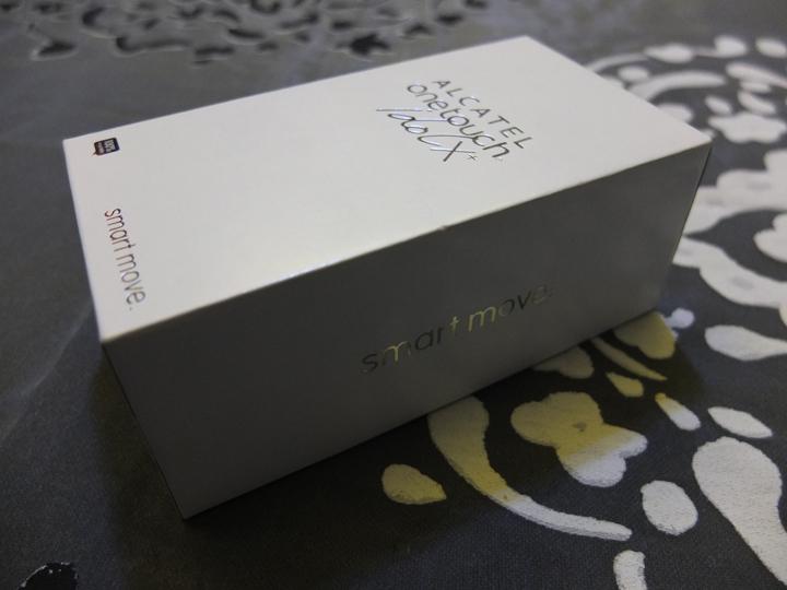 Alcatel One Touch Idol X+ Box