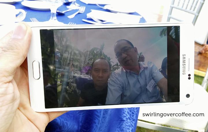 Samsung Galaxy Note 4 Selfie Stitch