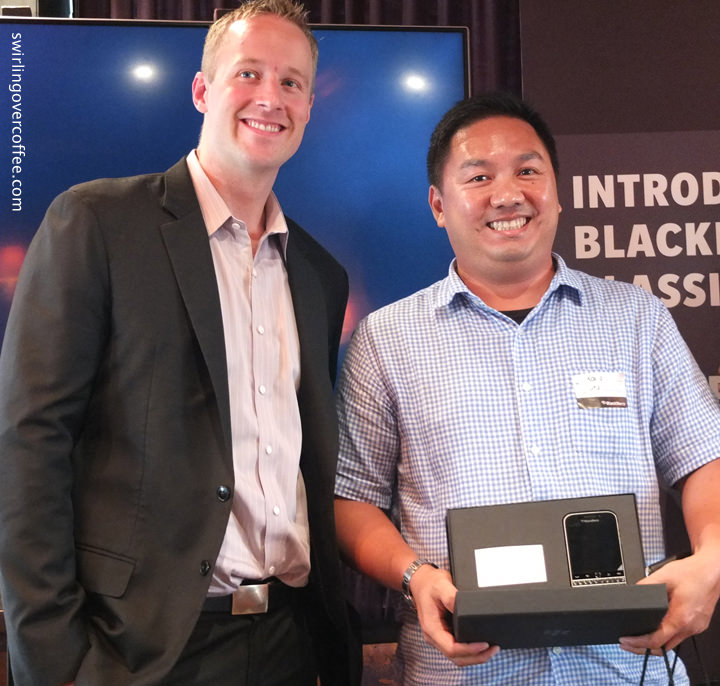BlackBerry Classic, Cameron Vernest, Karlo Samson