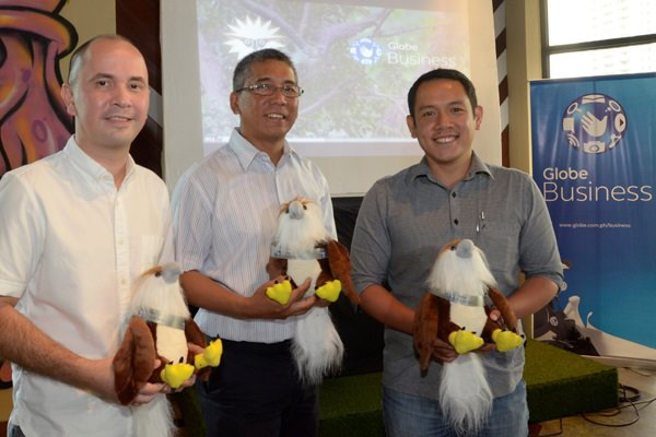 Working to save Pamana, the Phil. Eagle: from left, Globe Business Head of Marketing Gerry Soler, Phil. Eagle Foundation Exec. Director Dennis Salvador and Globe Corporate Social Responsibility Director Bong Esguerra.