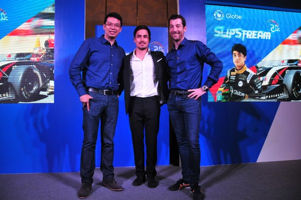 (L-R) Globe SVP for Consumer Broadband Business and Consumer Marketing Services Gilbert Simpao, Globe Senior Advisor for Consumer Business Daniel Horan, and Prince of Speed Marlon Stockinger join forces in bringing back the F1 rush to Manila with Slipstream 2.0.