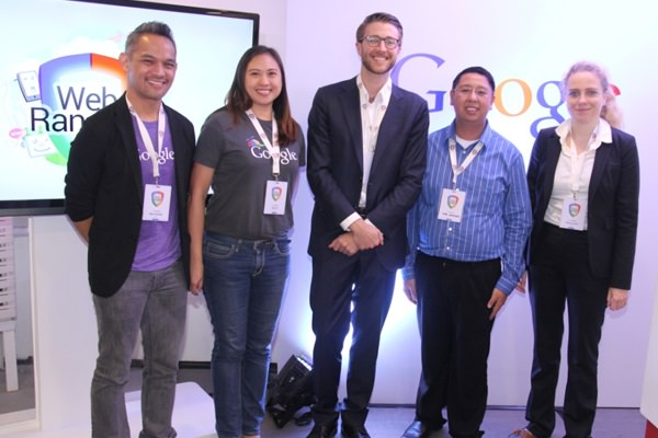 L-R: Ryan Morales, Google PH Country Marketing Manager; Gail Tan, Google PH Head of Communication and Public Affairs; Alex Long, Google Asia Pacific for Public Policy and Government Relations; Commissioner Earl Saavedra, National Youth Commission; Helena Lersch, Google Asia Pacific for Public Policy and Government Relations