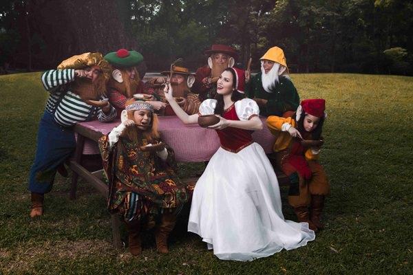 Alana Vicente (Snow White) and the Dwarfs