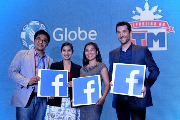 (L-R) Globe Vice President for Prepaid Brand and Portfolio Management Raymond Policarpio, Globe Director for TM Brand and Portfolio Management Trina Sebastian, Globe Vice President for Content Jil Go, and Globe Senior Advisor for Consumer Business Daniel Horan.