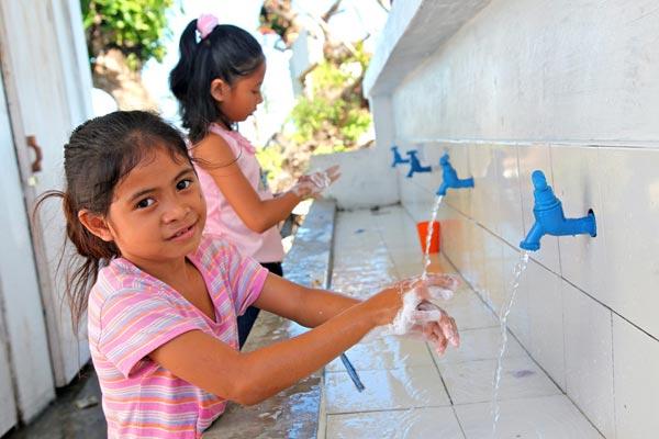 Global-Handwashing-Day-2015