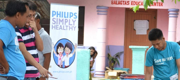 Philips visits Barangay Balagtas in Las Pinas for Simply Healthy Project
