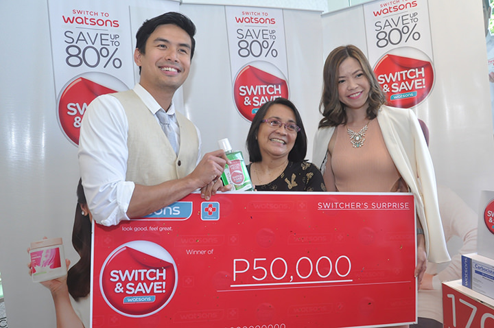 Endorser Christian Bautista and Watsons Group Marketing Manager Karen Fabres with the grand winner of Switcher's Surprise Angie Mendoza.