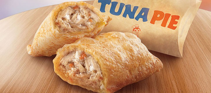 Savor the same tasty goodness of your favorite, the Jollibee Tuna Pie!