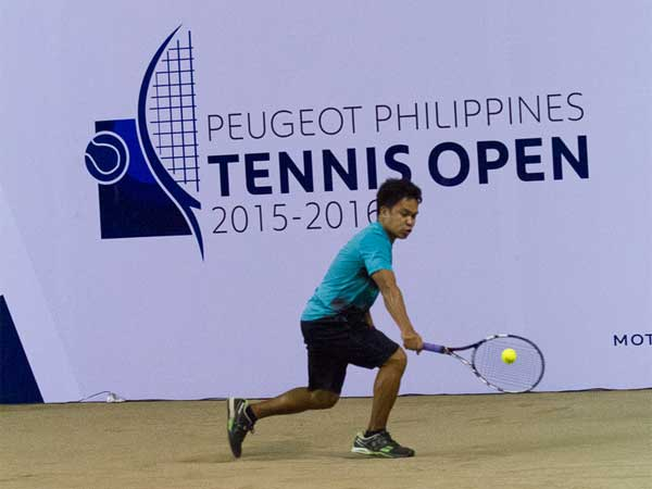 PPTO Manila leg men's singles champion Rolando Ruel Jr. with a powerful backhand that helped him win against Patrick John Tierro.