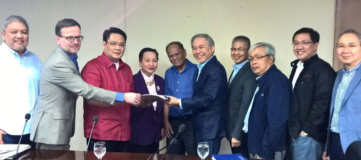 PLDT, Smart comply with NTC order