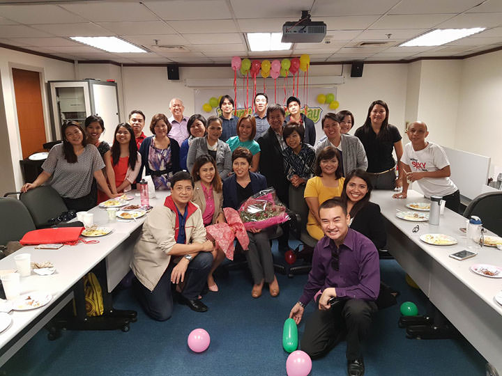 Surprise birthday party for Nina Solomon last Nov 15, 2016 by the Starbright Financial Advisors management and advisors team.