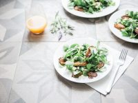 Recipe: Crispy Mushroom Spinach Salad In Sesame Seed Oil And Red Pepper