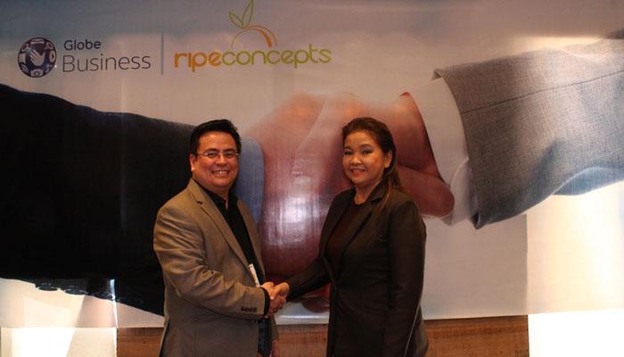 Globe-Business-Vice-VP-for-Enterprise-Sales-Dion-Ascencio-RipeConcepts-COO-Miles-Nepomuceno