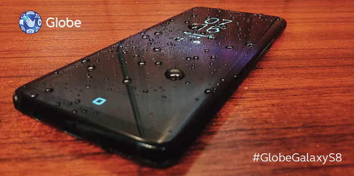 Samsung-Galaxy-S8-with-Globe-water-resistant