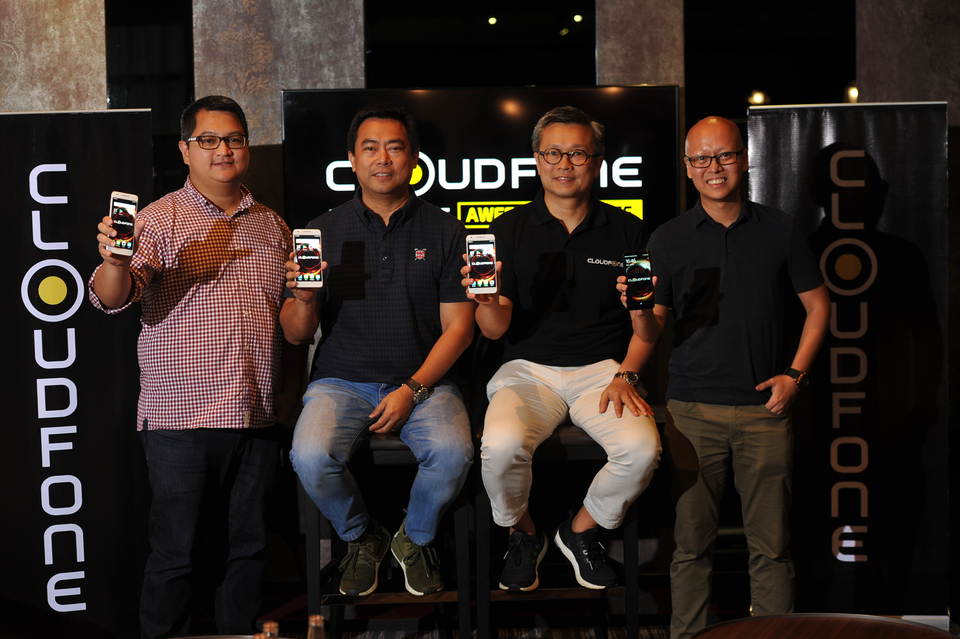LR: Cloudfone Chief Product Officer Azer Villola, Cloudfone Chief Operating Officer Jaime Alcantara, Cloudfone President & CEO Eric S. Yu, and Chief Marketing Officer Joey Oreta.