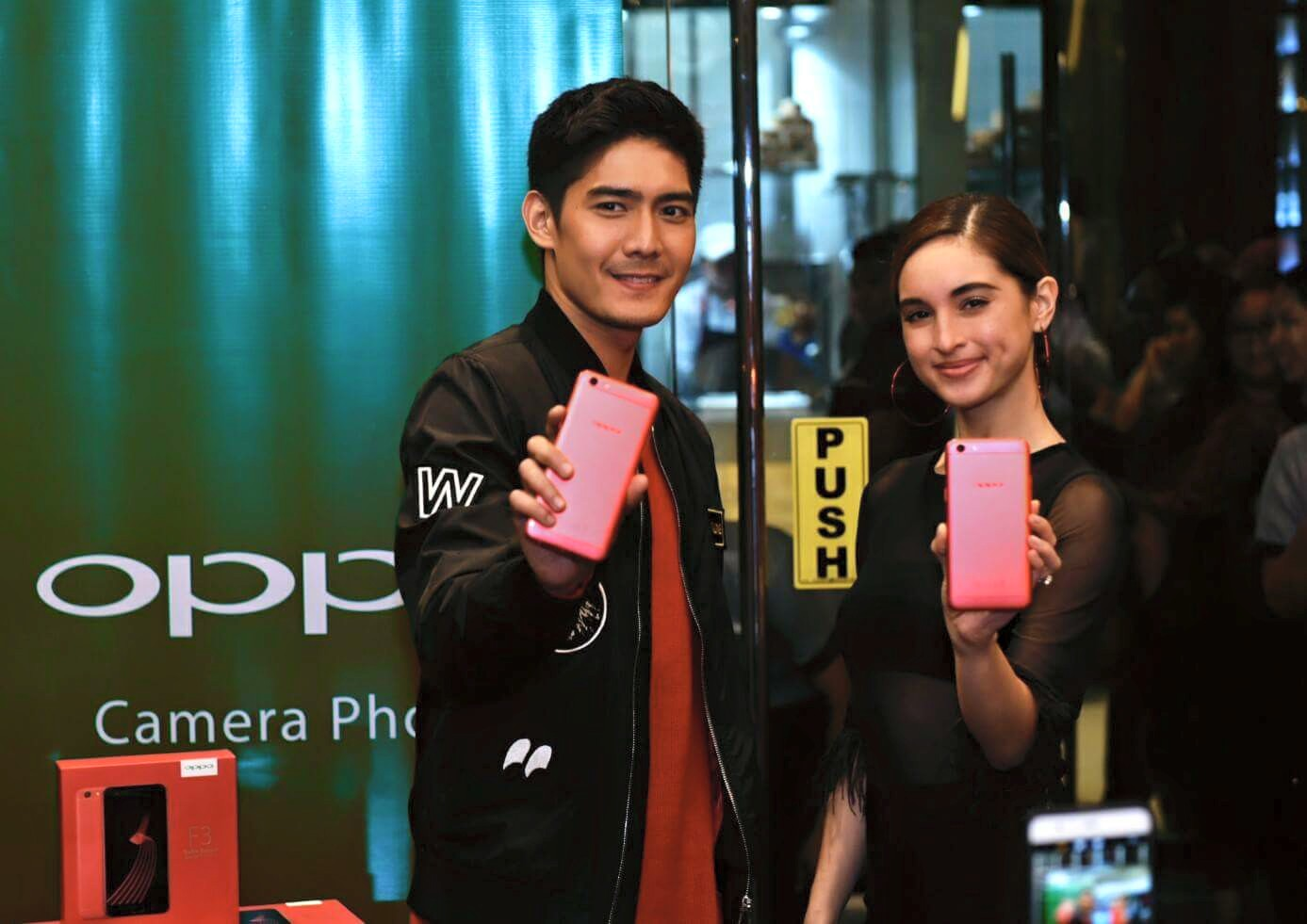 OPPO F3 Limited Red Edition Coleen Garcia and Robie Domingo