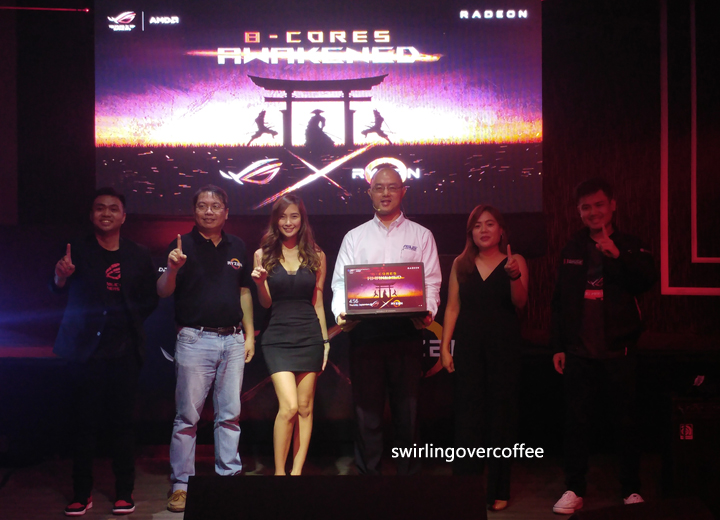 Left to Right: Anvey Factora (ASUS Philippines Head of Marketing), Peter Chambers (AMD Director for Consumers Sales, Asia Pacific & Japan), Ann Mateo (ASUS ROG Brand Ambassador), George Su (ASUS Philippines Country Manager), Sarah Dublin (ASUS ROG Product Marketing Specialist), and Joey Nocom (ASUS Philippines Country Product Manager for ROG Gaming Notebooks).