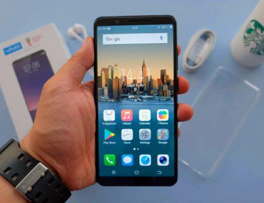 Vivo V7+ has a bezel-less 5.99-inch display and a 24MP selfie camera