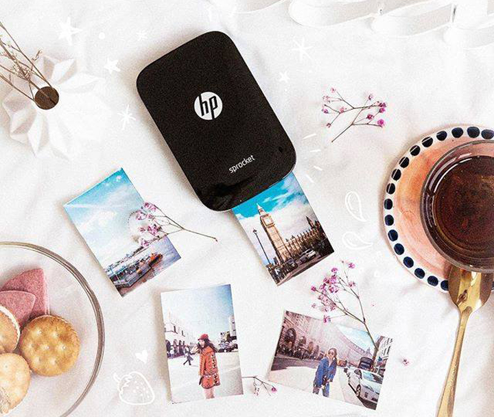 Express your love through photos that go beyond the screen with the HP Sprocket.