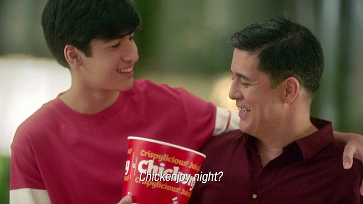 Aga Muhlach & family share how their love for each other and their favorite Chickenjoy bring them closer.
