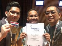 Goldilocks bag Silver at Food Hotel Asia Cake Decorating Competition in Singapore