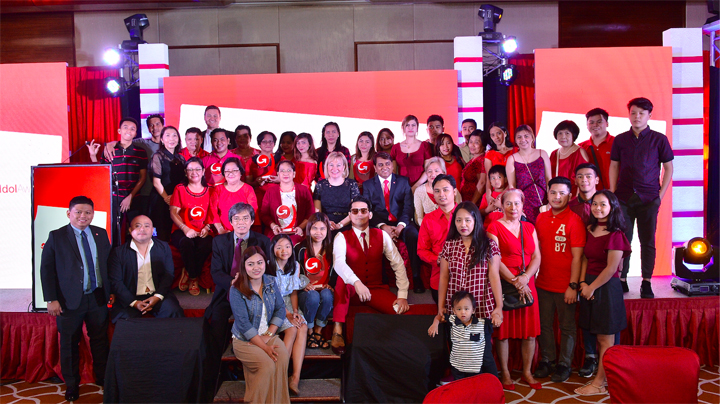 The second annual MoneyGram Idol Award honoured twelve OFW families and their relatives who work tirelessly in other countries to send money back home.