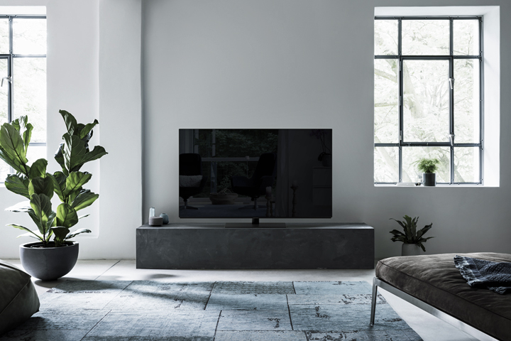 The Panasonic FZ950 Series 4K PRO HDR OLED TV features the most powerful generation of Panasonic's 4K Pro HDR technology with the newest OLED panel and the advanced Hollywood Cinema Experience (HCX) 4K processor. It also has an Absolute Black Filter to provide the purest, most accurate black levels by absorbing ambient light in order to eliminate reflections – especially beneficial in brightly lit rooms. The new TVs are also THX® and Ultra HD Premium certified – further proof of their exceptional quality. FZ950 is available in 65-inch and 55-inch panels.