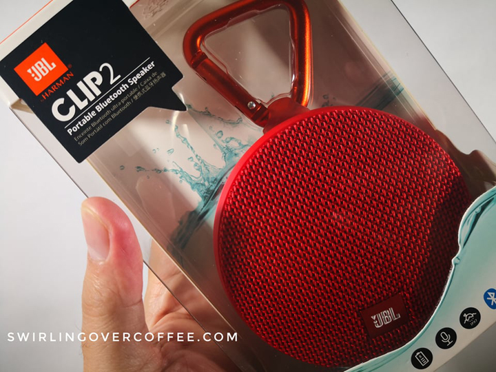 Pre-Order buyers of the Honor Play will get a FREE JBL Clip 2.