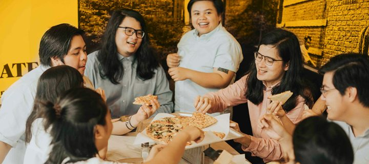 So Worth It! The Yellow Cab Pizza Tour Off To A Great Start With Ben&Ben And Free Pizza, Eyes Baguio Next