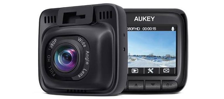 Top 3 reasons why a Dashcam is an Essential Car Accessory