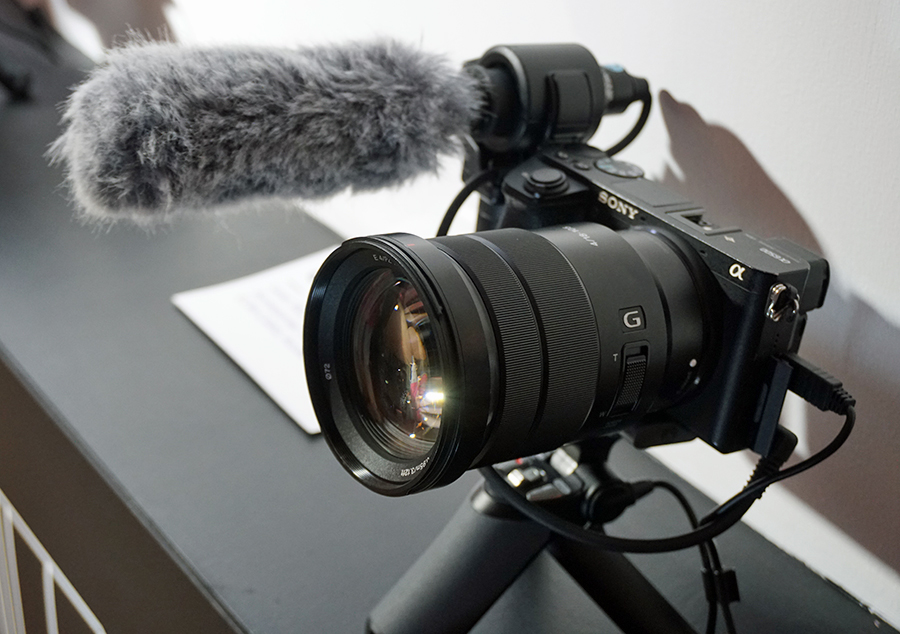 A strong addition to the 'Total Vlogging Solutions', the A6400 was re-introduced during the #VlogwithSony event.