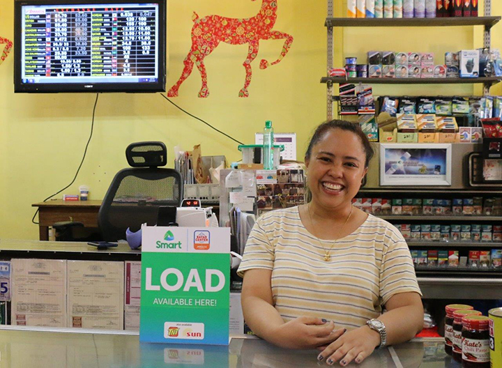 50-yr-old store keeps up with e-commerce