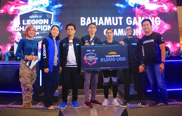 Bahamut Gaming (center) with Lenovo Philippines' Consumer Lead Sally Yu (second from left) and Product Manager for Legion & Desktop Tristan Gonzales (rightmost).