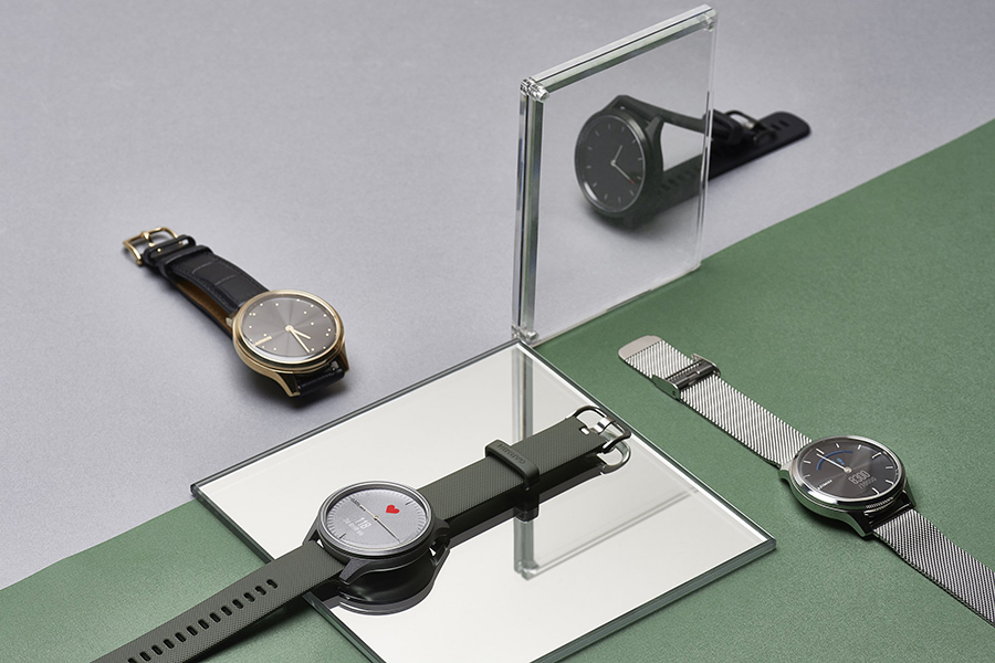 Garmin dresses up the latest vivomove series with new styles
