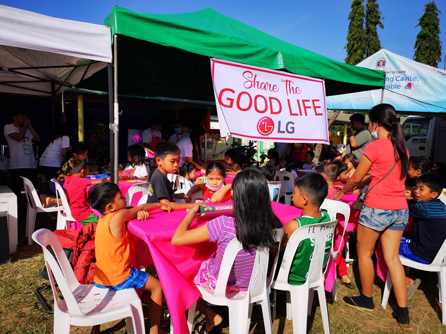 LG Gives Back and Shares the Good Life