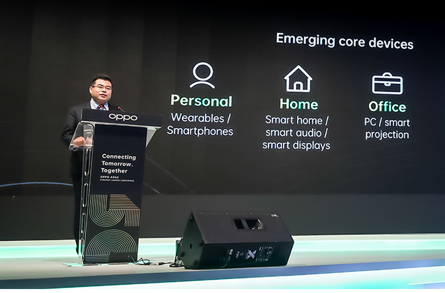 Bobee Liu, OPPO Vice President and President of Intelligent Mobile Devices