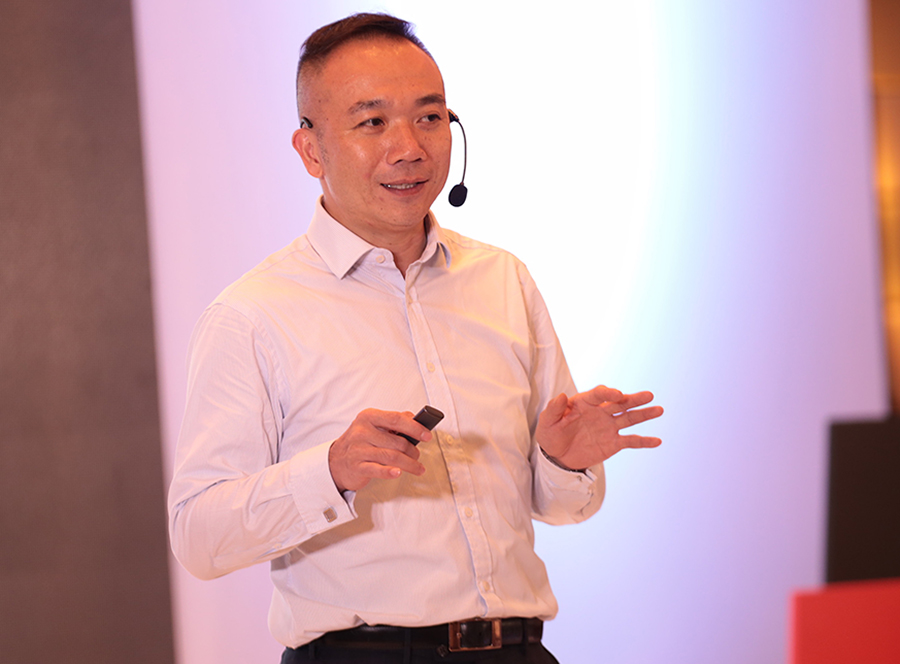 CMPI Head of Consumer Imaging and Information Division Benny Yu