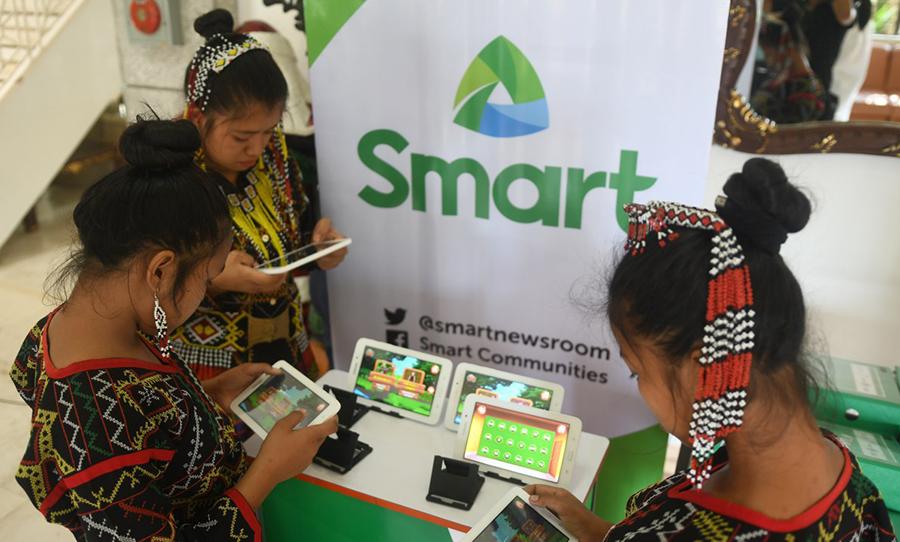 Smart and Sarangani LGU Collaborate for Gñare Blaan Literacy Mobile App