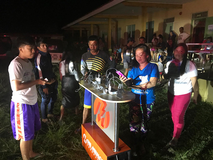 One Meralco Foundation Offers Free Charging and Food Packs to Taal Volcano Victims