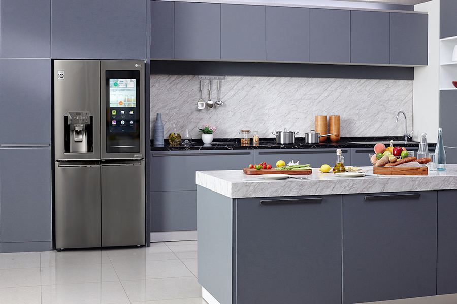 LG's Evolving Instaview Refrigerator Technologies Offer Glimpse into Kitchen of The Future At CES