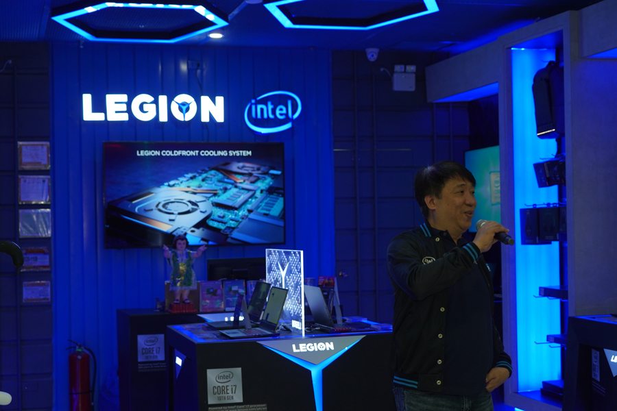 Silicon Valley Computer Group Philippines Managing Director Nelson Co talks to attendees at the inauguration of Legion Store SM City Clark. Open daily at 10AM to 10PM, the store showcases Legion's latest gaming hardware while also allowing visitors to test them firsthand on the latest PC games. Legion Store SM City Clark is operated by staff of the Silicon Valley Computer Group Philippines, one of the largest consumer electronics retail stores in the Philippines.