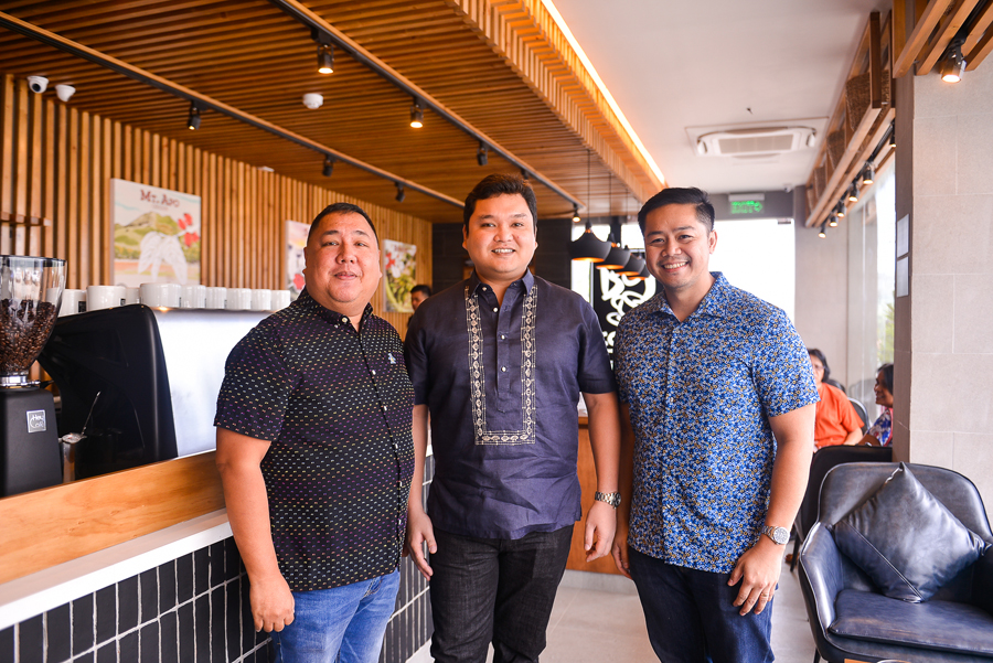 Bo's Coffee Opens First Store in Surigao