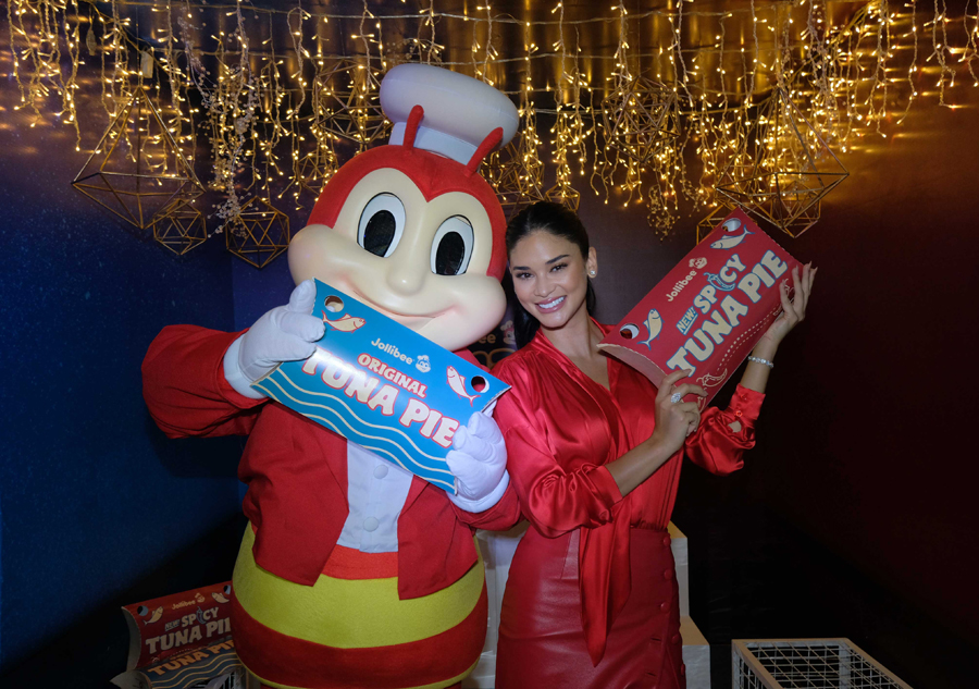 Pia Wurtzbach Joins the Jollibee Family as Its Newest Endorser