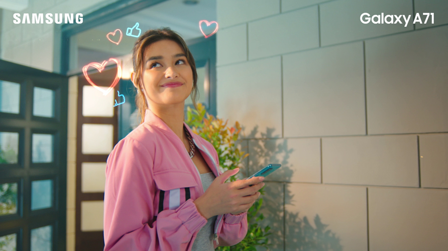 "Liza Soberano Encourages Gen Z to ""Discover Their Awesome"" With the New SAMSUNG Galaxy A71"